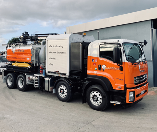 safedig truck for drain cleaning